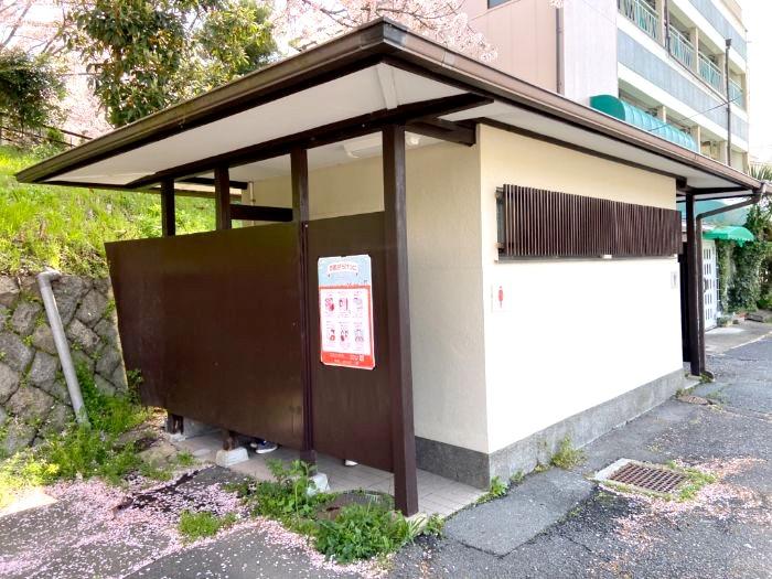 京都市銀閣寺観光駐車場 トイレ